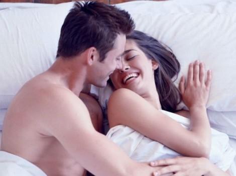 Tự xử với sự hỗ trợ của chồng, thà cởi mở còn hơn thậm thụt