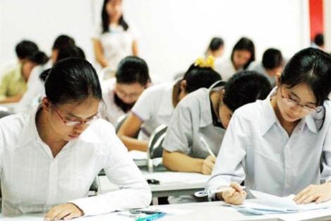 Thay đổi thi cử đánh giá để 'thúc' giáo viên, học sinh thôi thụ động