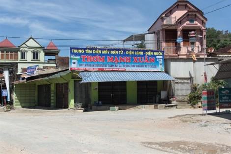 Vụ vỡ hụi ở Nghệ An: người rửa bát thuê mất trắng tiền chữa bệnh cho con tật nguyền