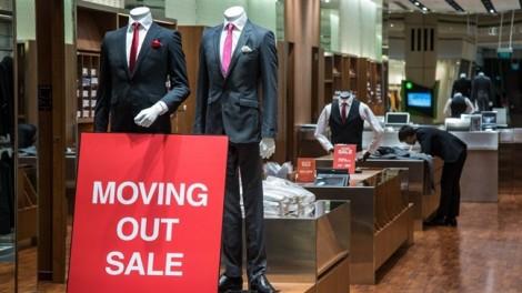 Hàng Trung Quốc ồ ạt, thiên đường mua sắm Singapore cũng lao đao