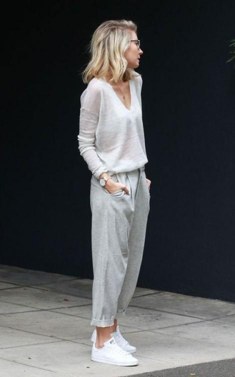 Cách phối trang phục giúp phụ nữ tuổi ngoài 40 trẻ như đôi mươi