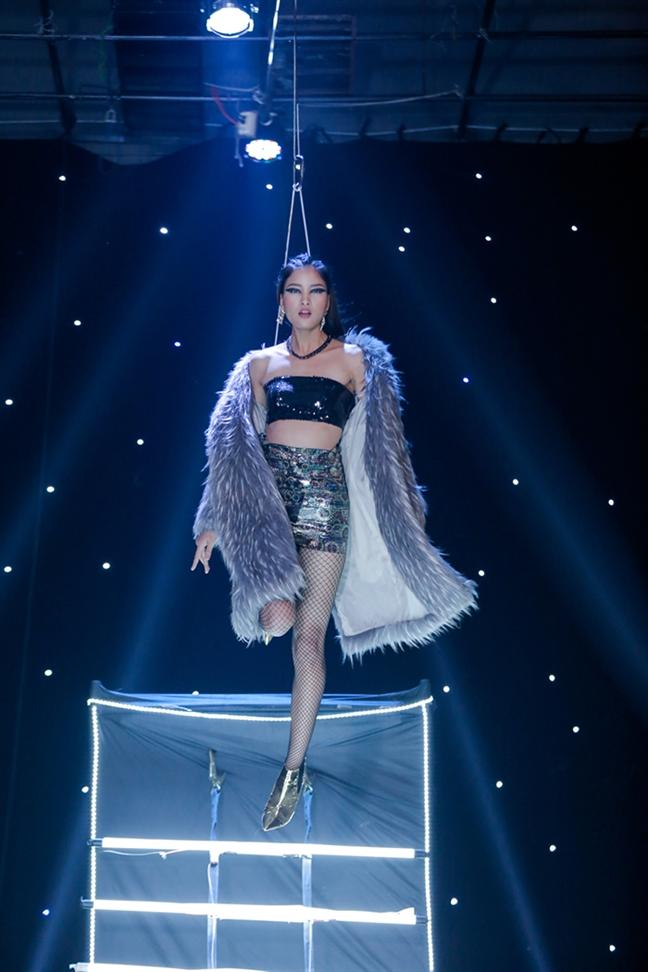 3 guong mat tranh ngoi quan quan 'Vietnam's Next Top Model 2017' chinh thuc lo dien