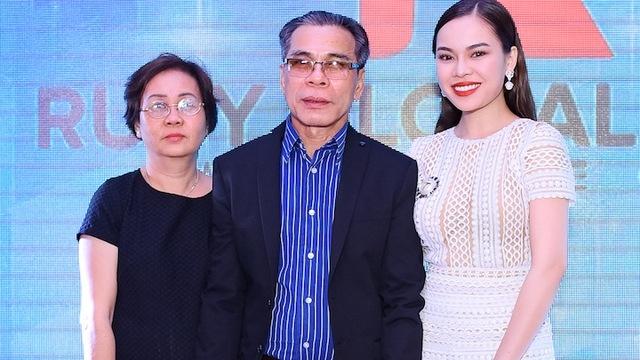 Giang Hong Ngoc: 'Muoi nam truoc, cuoc doi toi chi toan nuoc mat'