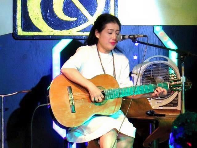 Minh Nhi 'hoan' dien kich, hat bolero