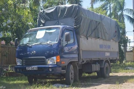Tông hai người thương vong, đôi vợ chồng đưa xe tải đi sửa hòng thoát tội