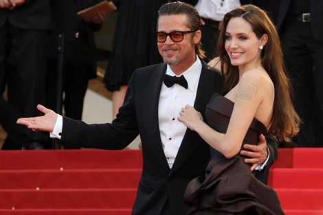 Angelina Jolie và Brad Pitt tái hợp chỉ là tin vịt?