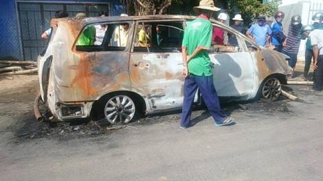 40 tên giang hồ hỗn chiến, đốt cháy ôtô khiến người dân hoảng loạn