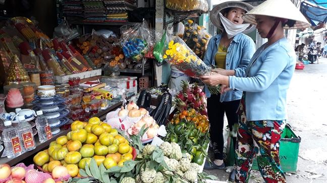 Hoa ly cung ram thang 7 tang gia gap doi
