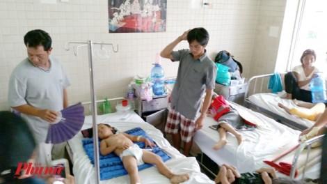 Bé trai 5 tuổi đã tử vong sau hai ngày mẹ bị xe tải cán qua người