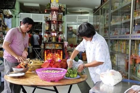 'Cô hồn sống' cướp tiền, đường phố Sài Gòn hỗn loạn