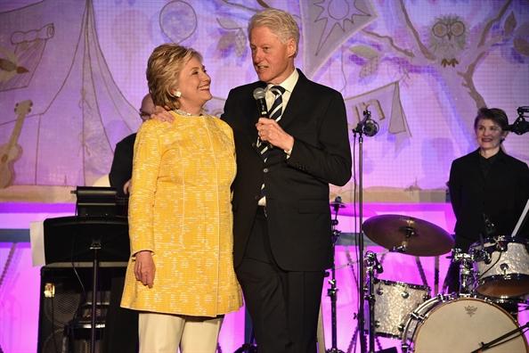 Hillary noi gi ve don doan 'hon nhan tren giay' voi Bill Clinton?
