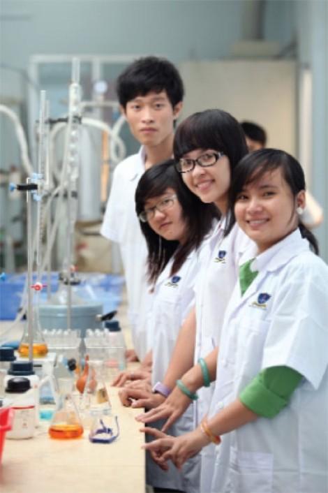 Trường ĐH Nguyễn Tất Thành được phép đào tạo 3 ngành mới