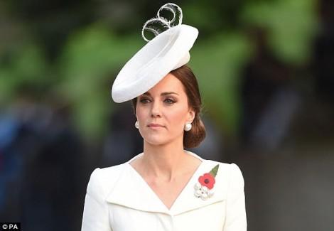 Chứng ốm nghén nặng của công nương Kate Middleton nguy hiểm ra sao?