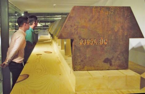 Ly Hoàng Ly -  Từ 'Lô lô' đến '0395A.ĐC'