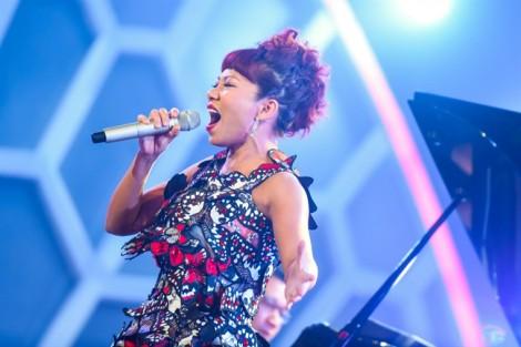 Ca sĩ Trần Thu Hà: 'Tôi không muốn sự nổi tiếng 'núp bóng' người nhà'