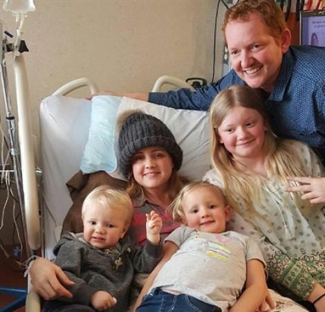 Người mẹ ung thư chọn 'về với Chúa' để con yêu được chào đời