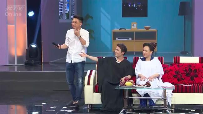 Tan Beo danh tron tien thuong tang dien vien Nguyen Hoang tri benh