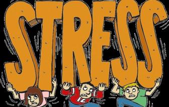 Tại sao căng thẳng thường xuyên dễ nổi mụn, rụng tóc, tăng cân?