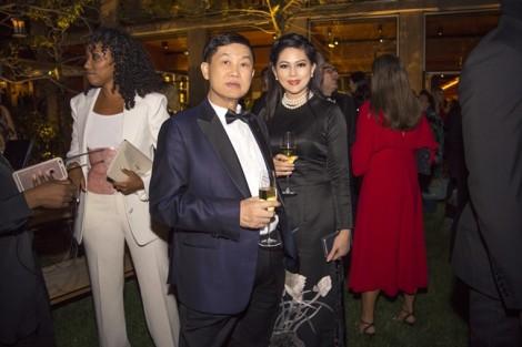 Diễn viên Thủy Tiên dùng bữa tối cùng Selena Gomez