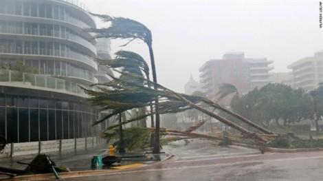 Mỹ oằn mình hứng chịu cuồng phong từ bão Irma