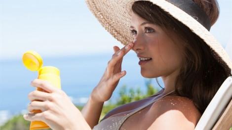 Cách sử dụng kem chống nắng theo từng mùa trong năm