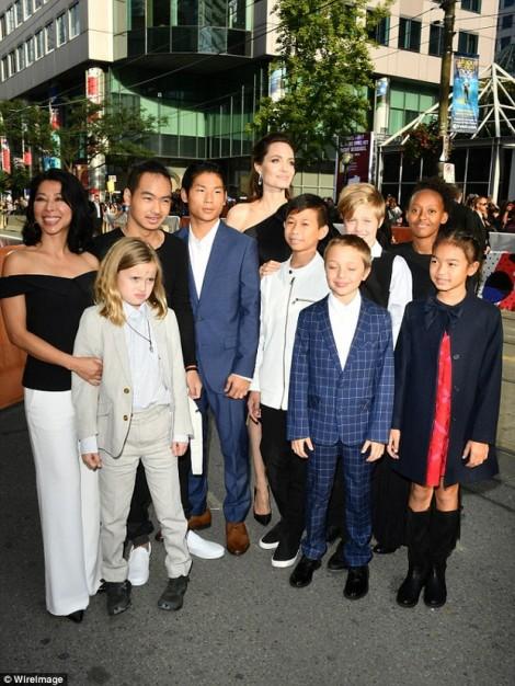 Pax Thiên nay cao nhất trong 6 con của Angelina Jolie