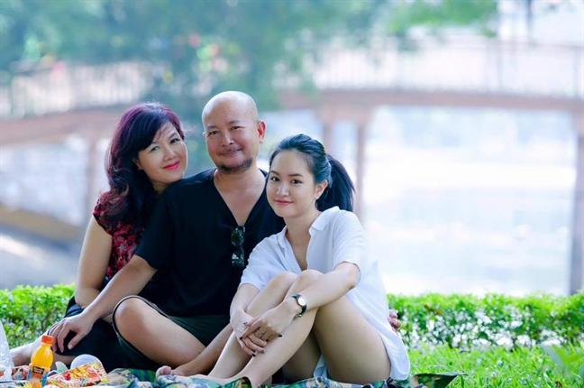 Hoa si - nhiep anh gia Dzung Art: Khi vo sinh con gai, toi da khoc…