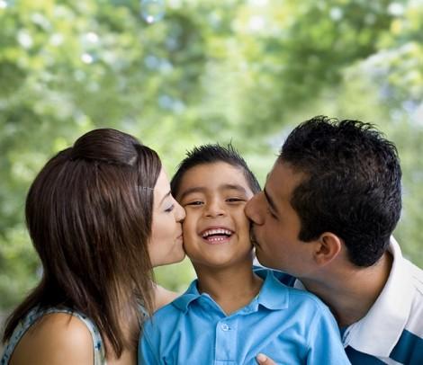 Vợ tiết lộ cho chồng một bí mật trước khi tự tử cùng con trai