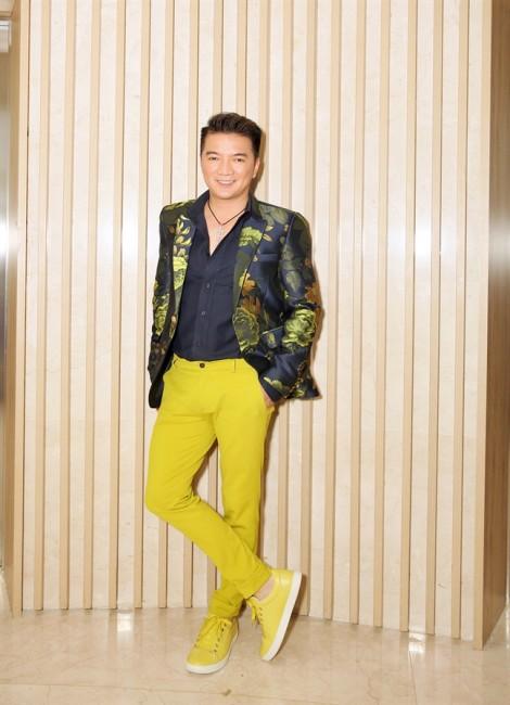 Đàm Vĩnh Hưng: 'Tôi không thiếu tiền để bị điều khiển trên ghế nóng'