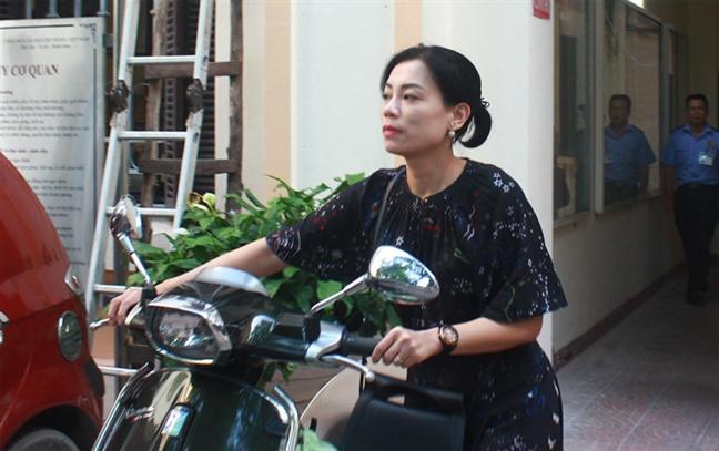 Bo VH-TT&DL len tieng ve viec bo nhiem NSND Anh Tu hay NSUT Xuan Bac lam Giam doc Nha hat Kich Viet Nam