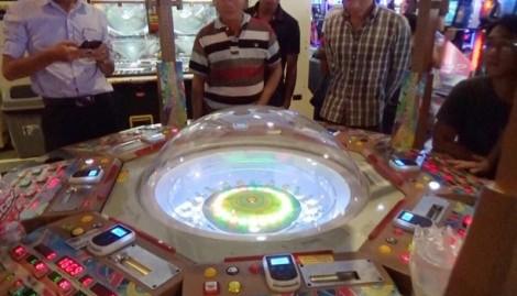 Triệt phá tụ điểm cờ bạc trá hình trong trung tâm thương mại