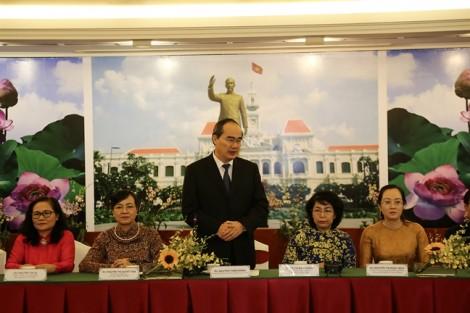 Phụ nữ ba nước Việt Nam -  Lào - Campuchia thắt chặt tình đoàn kết