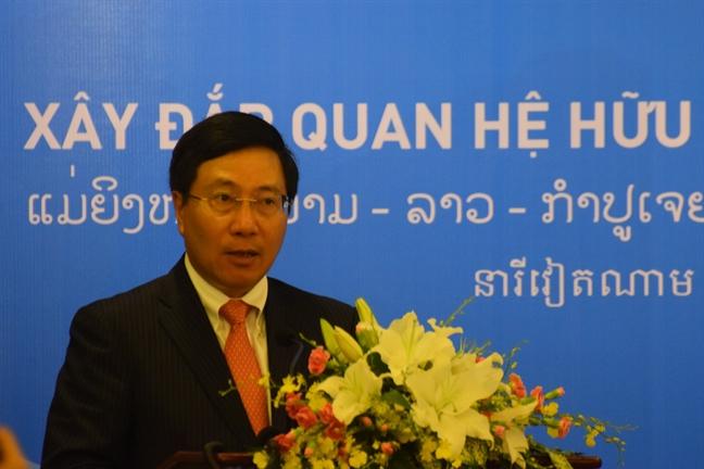 Hoi Phu nu ba nuoc Viet Nam - Lao - Campuchia cung hop tac, phat trien