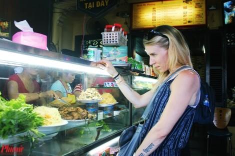 Đến Hội An ăn bánh mỳ ngon nổi tiếng thế giới