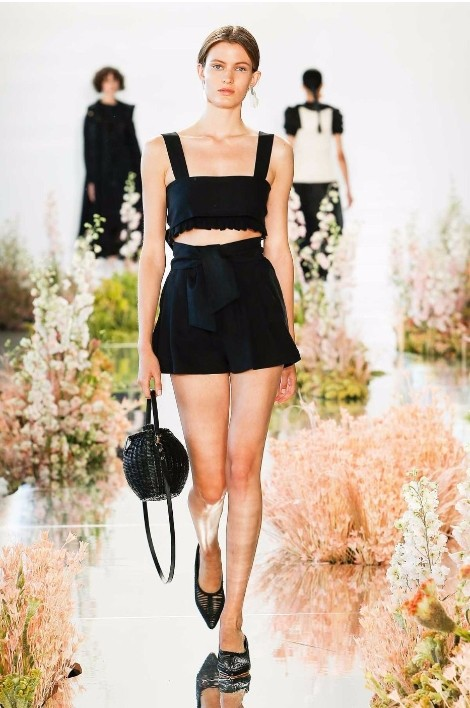 Mốt túi cói được lòng phái đẹp tại tuần lễ thời trang New York