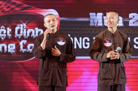 NSX 'Tuyệt đỉnh song ca' xin lỗi, Nhất Nguyên và Hoàn Nguyên sẽ không mặc áo nhà tu lên sóng truyền hình