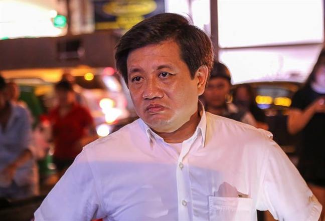 Ong Doan Ngoc Hai ky de xuat ha chuc Chu tich phuong vi de via he bi tai chiem
