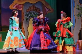 Chương trình Trung thu: Đãi thiếu nhi 'bữa tiệc' kịch, xiếc, làm tranh Đông Hồ