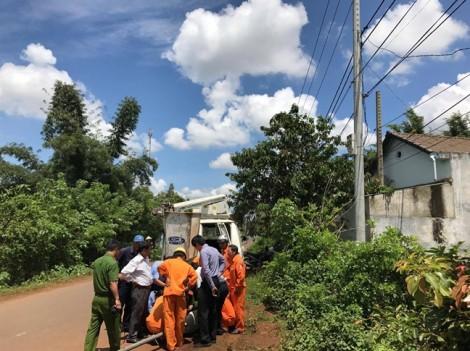 Đi vệ sinh ven đường, thiếu niên chết thương tâm vì bị điện giật