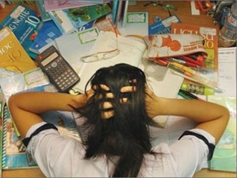 Học trò trầm cảm kéo dài, nguy cơ tự tử cao