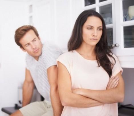 Thiệt thòi, chán nản khi chồng chỉ chăm chăm lo cho bên nội