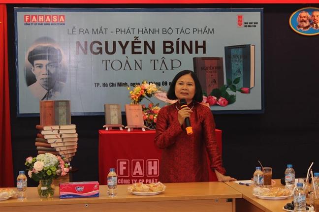 Nha tho Nguyen Binh Hong Cau: Chon cuoc doi ganh ten cha...