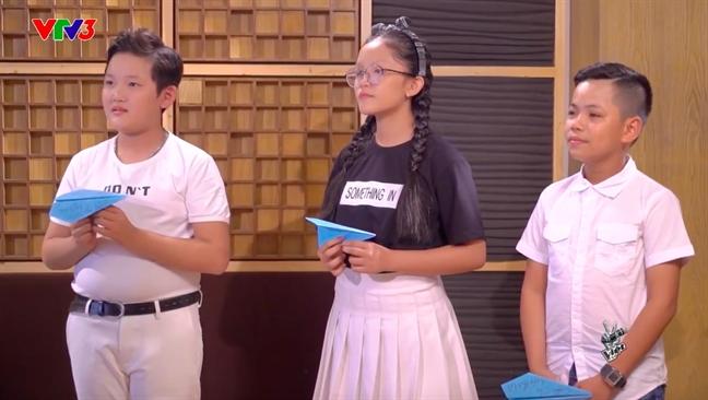 Thi sinh 'Giong hat Viet nhi 2017' gao thet trong dem mo man vong doi dau