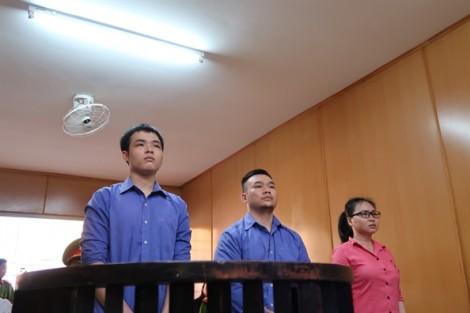 Tăng án băng tạt axit nữ sinh viên ở Sài Gòn