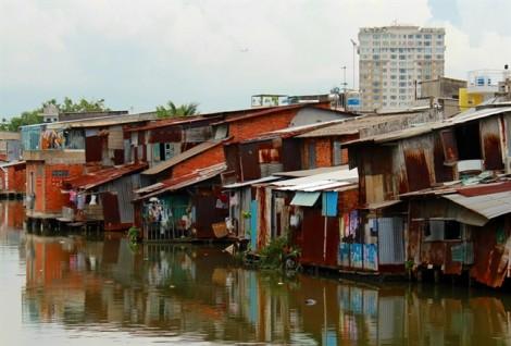 Di dời khẩn cấp 27 căn nhà ven sông Sài Gòn