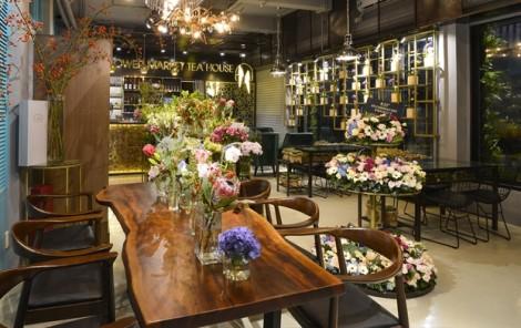 'Thưởng trà, ngắm hoa' độc đáo giữa Sài Gòn