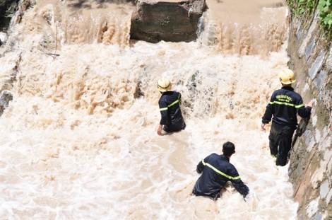 Bé trai 11 tuổi bị nước cuốn mất tích ở Đồng Nai được tìm thấy thi thể ở Bình Dương