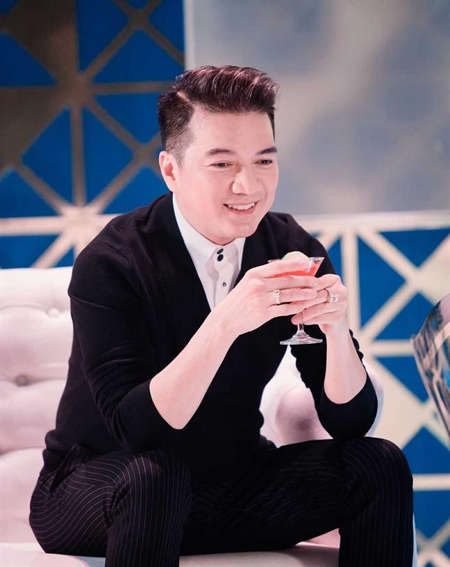 Dam Vinh Hung: 'Duong Trieu Vu tung dan nguoi yeu ve ra mat toi'