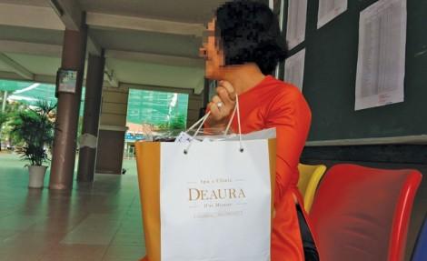 Mỹ phẩm Deaura: Phạt tiền kiểu 'cắt cổ'