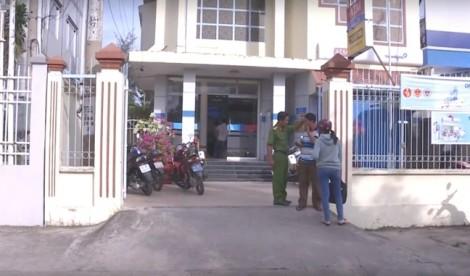 Nghi phạm dùng súng cướp ngân hàng ở Vĩnh Long đã tự sát, để lại thư tuyệt mệnh
